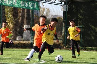 """""""东北联盟杯""""青少年足球联赛长春开赛"""