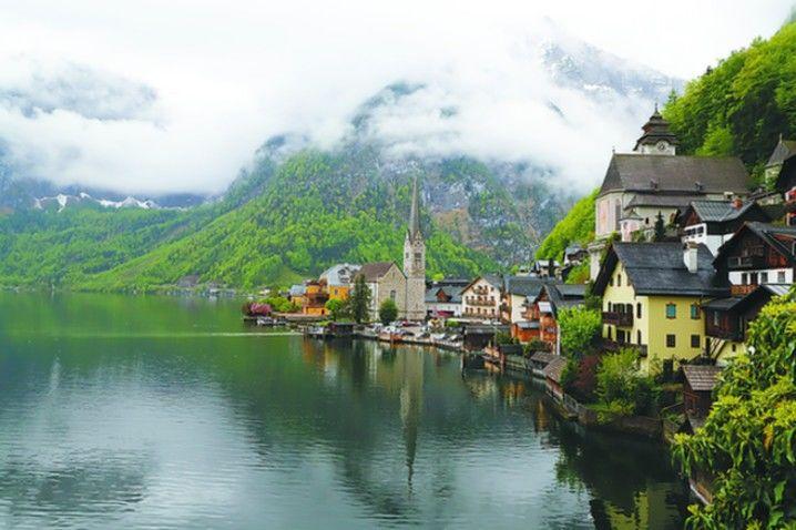 """打卡""""欧洲最美小镇""""明信片观景台"""