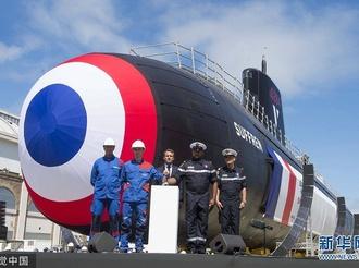 法国最新一代核动力攻击型潜艇正式亮相 总统马克龙出席仪式