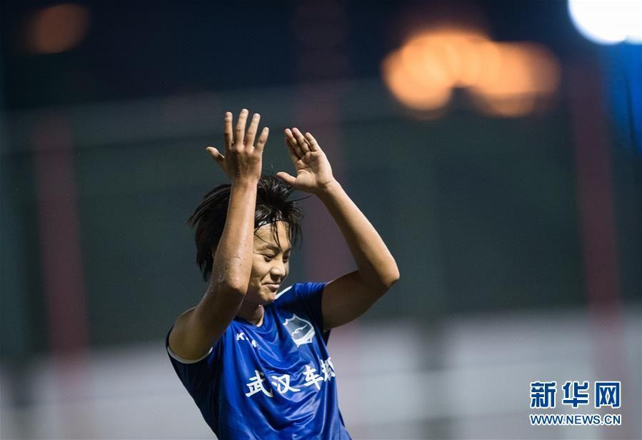 王霜回归女足超级联赛首秀获胜