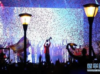 西班牙庆祝篮球世界杯夺冠