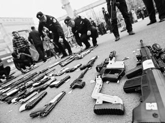 山西省集中銷毀7000件非法槍爆物品 設11個銷毀現場