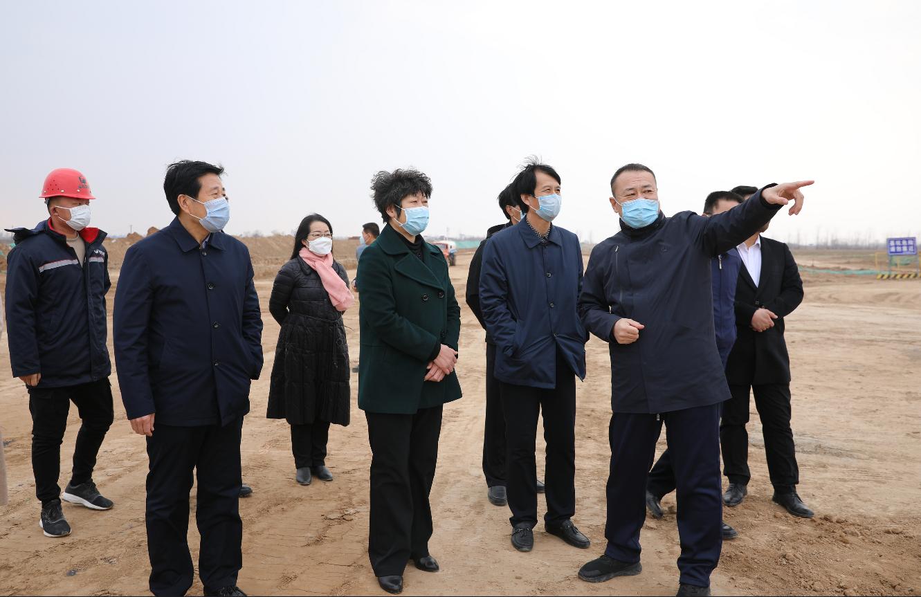 梁清燕调研市会展中心和农产品仓储物流项目