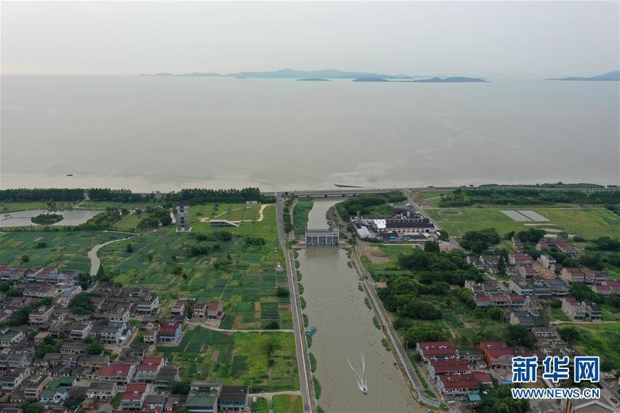 浙江湖州:密切监测 防汛避险