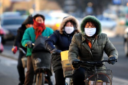 """較強冷空氣將影響我國大部地區 臺風""""圓規""""減弱西移"""
